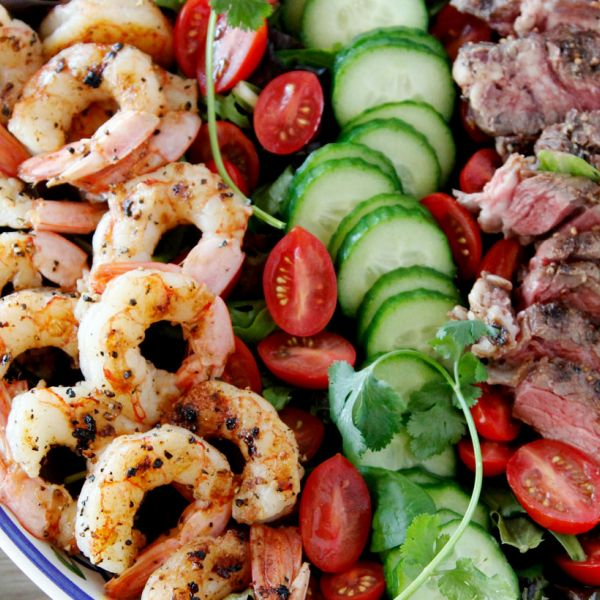 Surf 'n Turf Salad with Cilantro Dressing